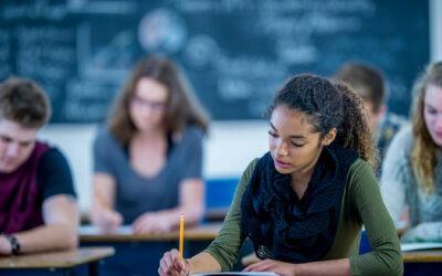 Guia rápido: boas práticas para aprender melhor nas aulas online